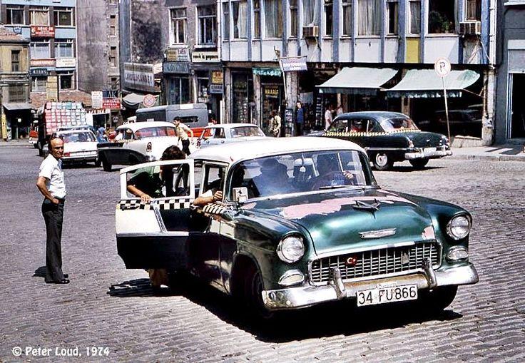 Cağaloğlundan Sirkeciye inen Yokuş - 1974