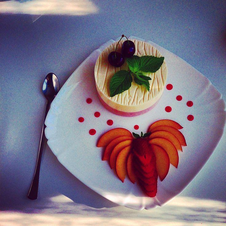 Крем-пломбир с ягодами и мятой #Рецепты #Еда #Вкусно #ням #вкусняшка #Десерт #сладости #Рецепты_тут