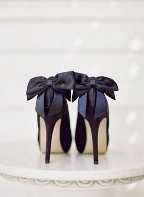 Black tied beauties
