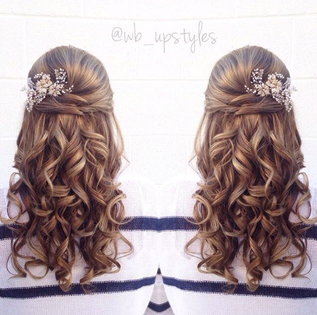 Half up half down with beautiful curls. For more hair inspiration visit Instagram @wb_upstyles