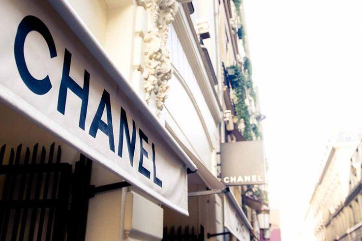 走進歷史的時光隧道:一探 Coco Chanel 神秘的私人公寓!
