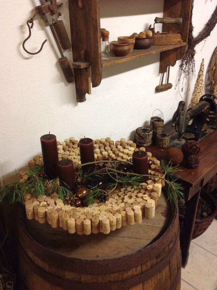 Skål af kork propper, lavet til adventsdekoration