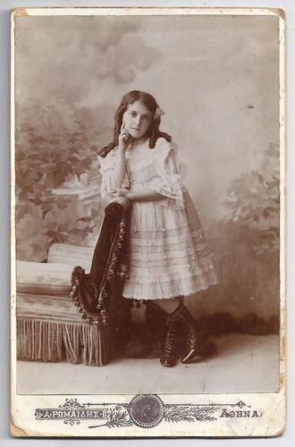 GREECE-ATHENS-YOUNG-GIRL-POSING-ANTIQUE-CABINET-PHOTO-PORTRAIT-BY-ROMAIDIS-1907