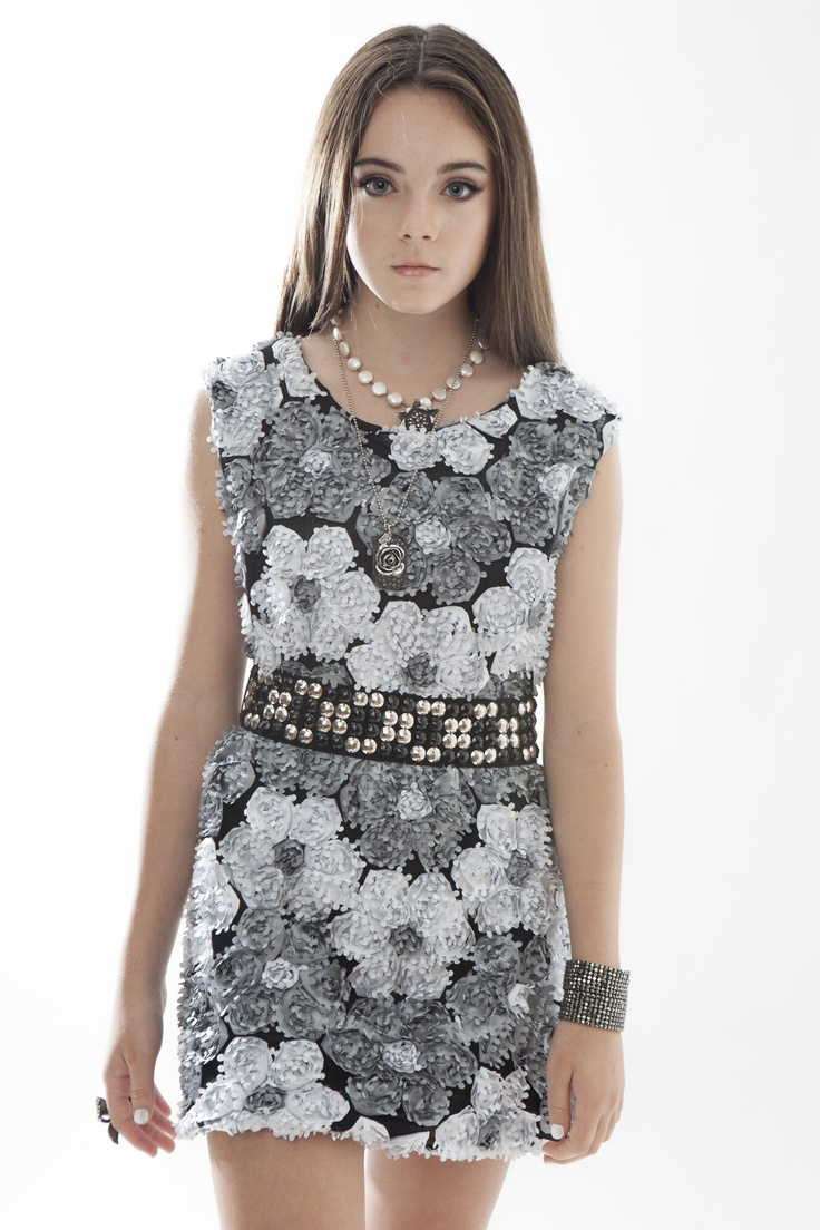 Flowers by zoe dress fashion model ava allan teen tween - Modele dressing ...