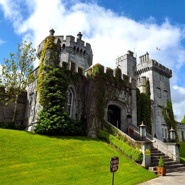 Find Your Castle Hotel Stay Like This One In Ireland Photo Courtesy Of Thejetsetredhead On Instagram Sights To See Pinterest