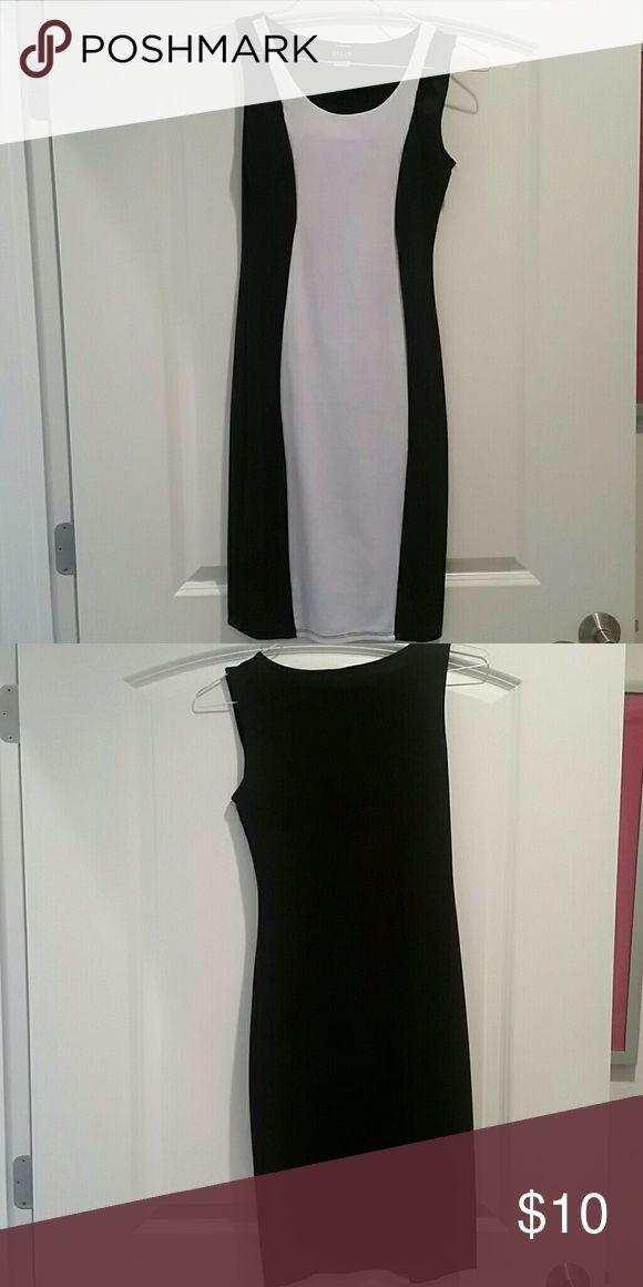 Black and white bodycon dress Black and white body hugging knee length dress ALLOY Dresses Midi
