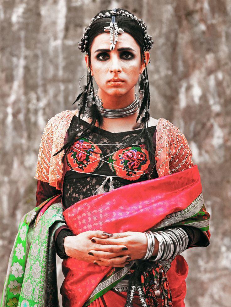Conheça Kami Sid, uma das ativistas do direito trans mais ativas do Paquistão e a primeira modelo trans do país.