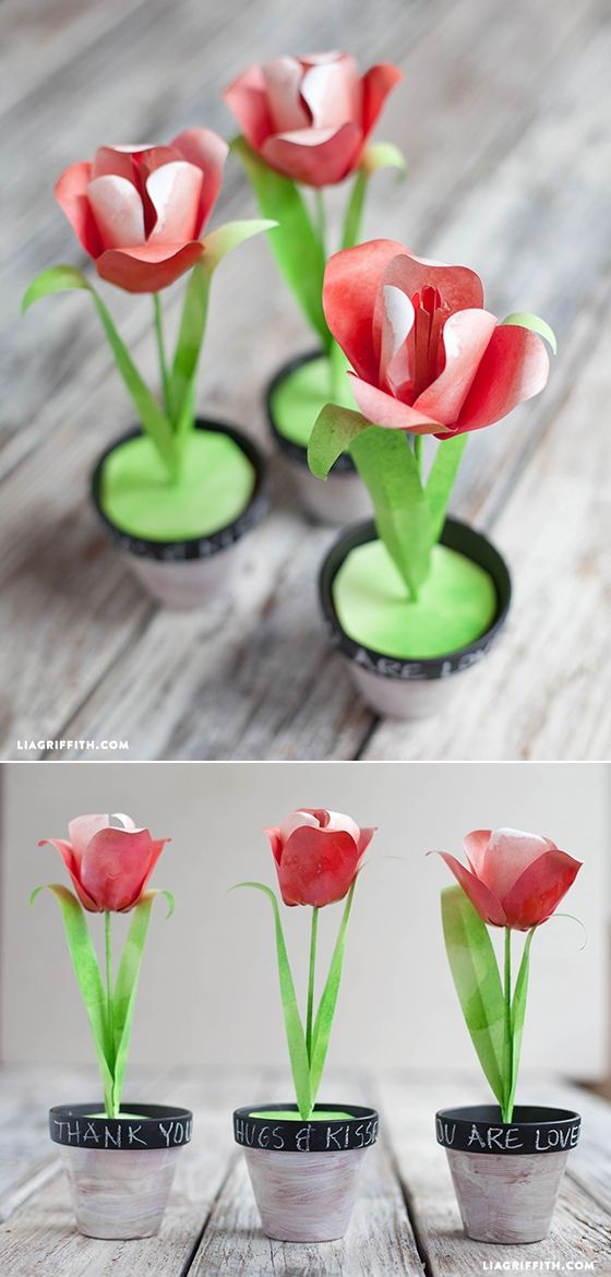 #paperflowers #DIYpaperflowers #PaperTulips #Easter at www.LiaGriffith.com