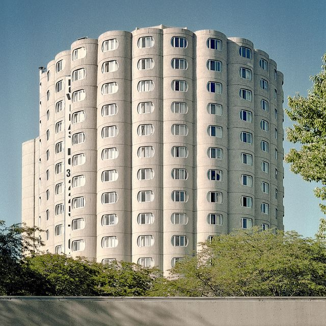 The Raymond Hilliard Homes Designed By Bertrand Goldberg