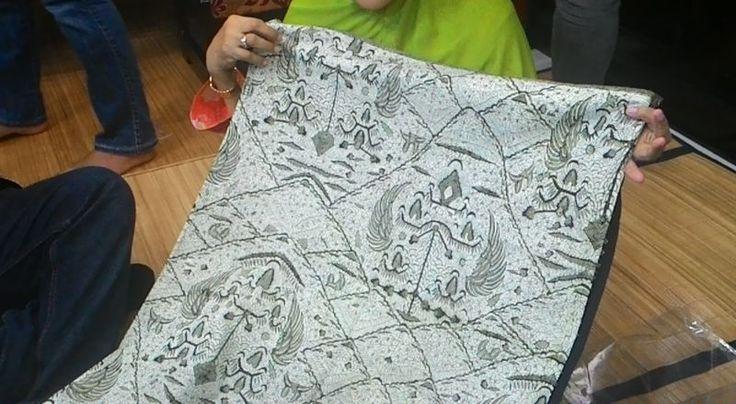 INSPIRASI BISNIS: Raup Jutaan Rupiah dari Cap Batik