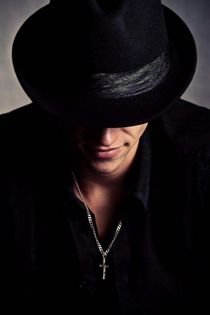 Muzhskie Kartinki Na Avu 43 Foto Mens Fashion Photography Hats For Men Black And White
