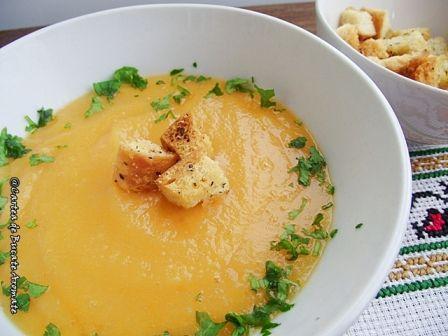 Supă-cremă de linte roşie - Cartea de Bucate Aromate