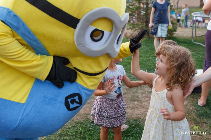 Minions in Westfield Arad. #westfield #arad #residential #happiness #family #kids #fun #happyLife