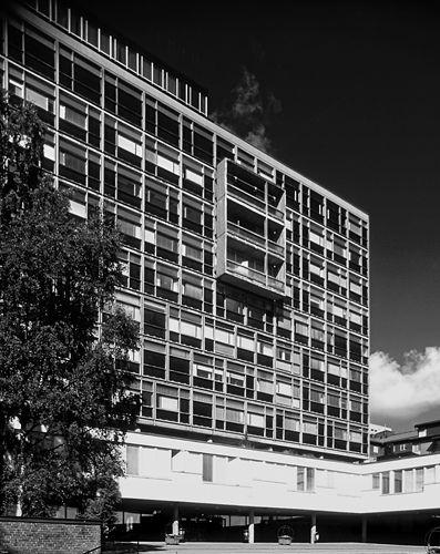 S:t Görans gymnasium, Stockholm, Sweden by Leonie Geisendorf in 1950-60