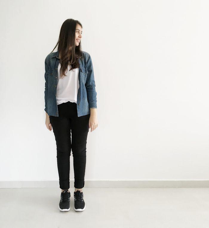 black skinnies, jean shirt, sneakers. skinny preta jeans, camisa e tenis. www.simpleness.com.br