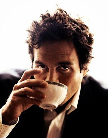 Coffee : Mark Ruffalo http://legjobbkave.hu/igy-kaveznak-a-sztarok/