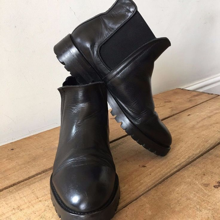 UK SIZE 5 WOMENS WHISTLES BLACK LEATHER CHELSEA BOOTS ANKLE BOOTS #Whistles #ChelseaBoots #Casual