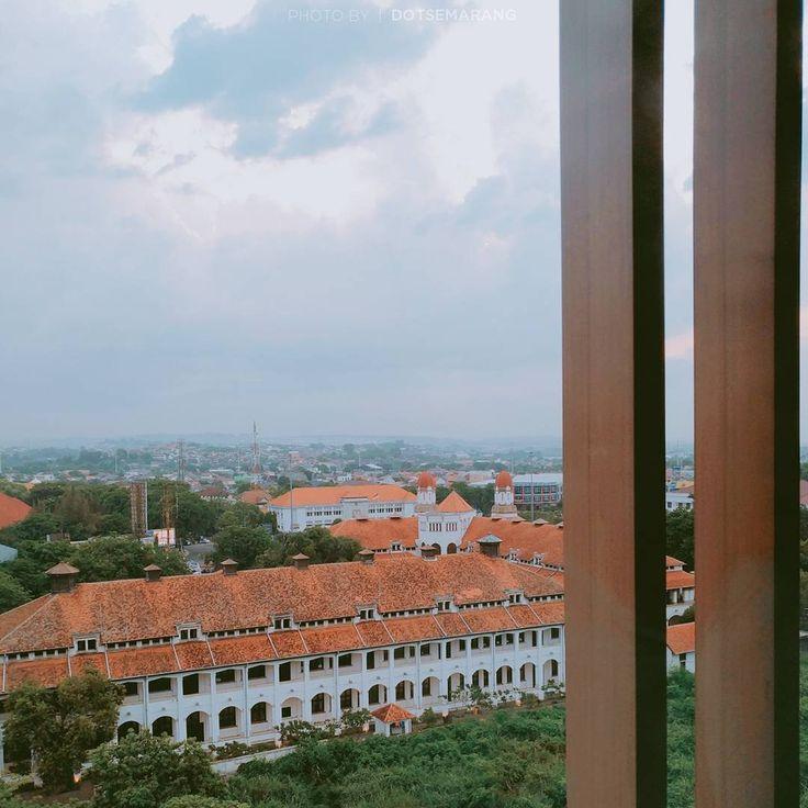 Selamat hari kamis.  #Semarang   #dotsemarang