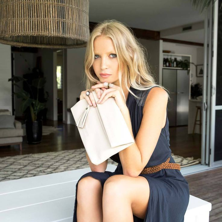 Stitch & Hide | Lily Leather Clutch in Ivory