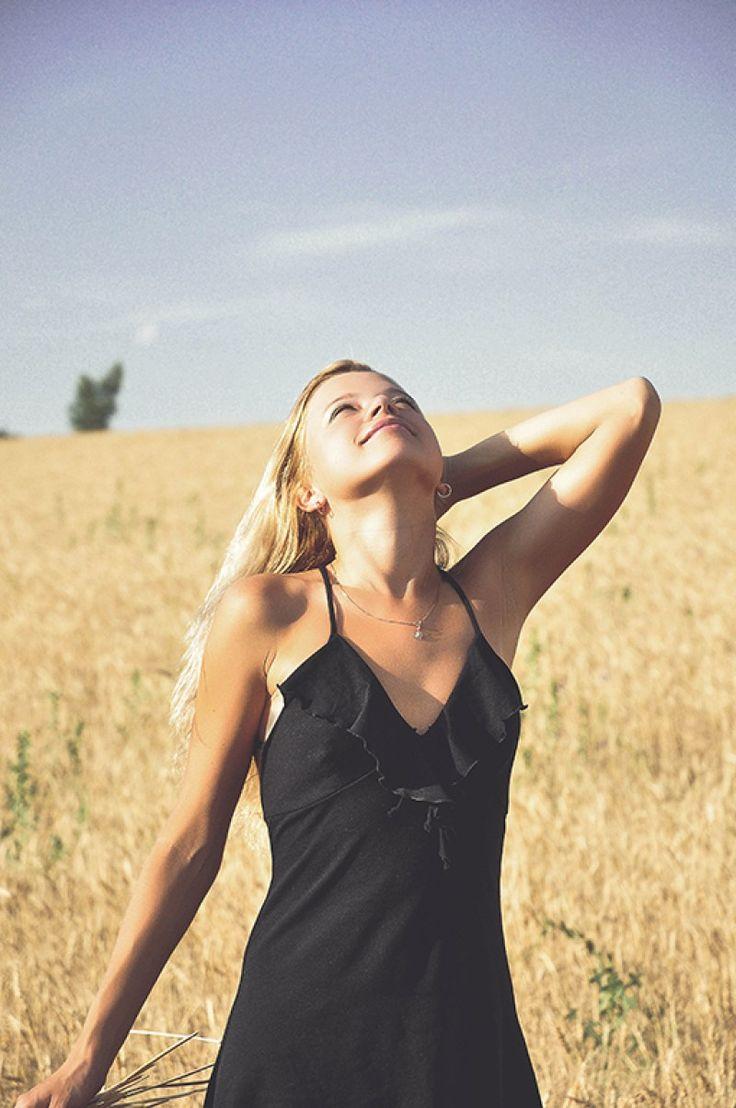 #summertime #girl #sunshine #fields #freedom #vibes #summer #beauty