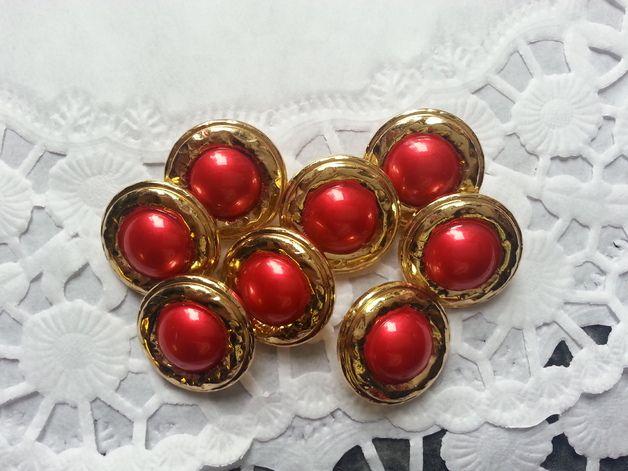 9 x Knopf Gold mit roter Perle 21 mm Kunststoff Farbe: Gold Rot Weitere Knöpfe und Nähzubehör findest Du in meinem Shop. Bei Mehrfachkäufen wird der versand nach der ersten Bestell-Bestätigung...