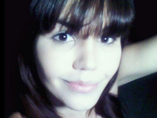 Mãe encontra corpo de transexual morta a pedradas após sequestro
