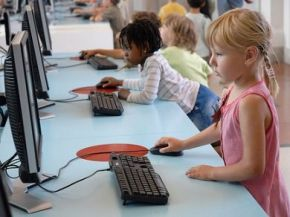 Bambini e internet: le regole per navigare in sicurezza