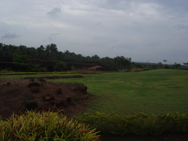Places to see in Kerala; Bekal Fort, Chandragiri Fort and Ananthapura temple of Kasargod Kerala