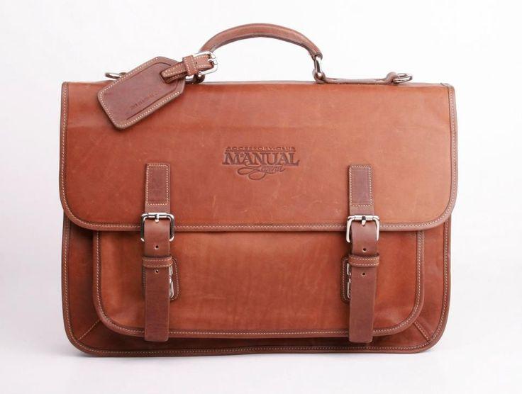 Portfölj/Dataväska (5409) via Unika handgjorda väskor i Italienskt läder!. Click on the image to see more! fashion #leather #bag #longlasting #Classic #modern #Contemporary #handmaid