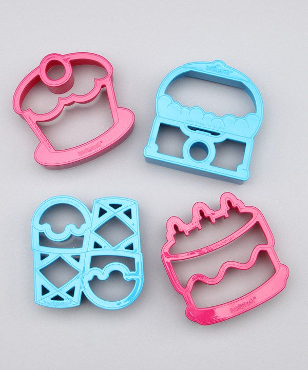 Oh my these are too fun!! Cupcake & ice cream sandwich cutters