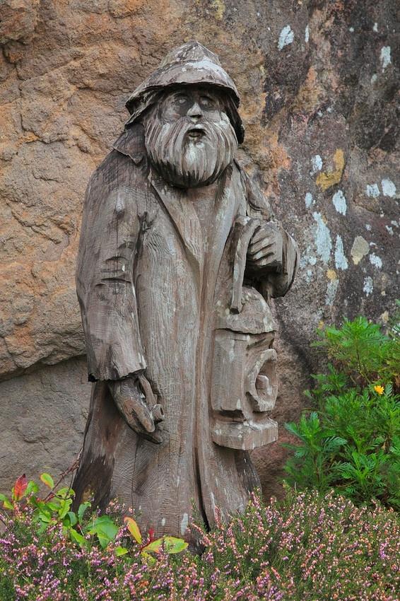Lighthouse Keeper Driftwood Sculpture - Oregon Coast