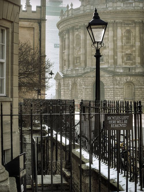 Oxford Details, UK    Oxford, England.