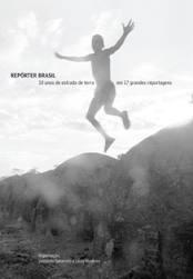 'Repórter Brasil - 10 anos de estrada de terra em 17 grandes reportagens'. Com organização de Leonardo Sakamoto e Lúcia Monteiro, a coletânea traz reportagens produzidas pela ONG Repórter Brasil, que completou seu 10º aniversário neste ano, acompanhando as questões relacionadas ao trabalho escravo contemporâneo no Brasil e no mundo.