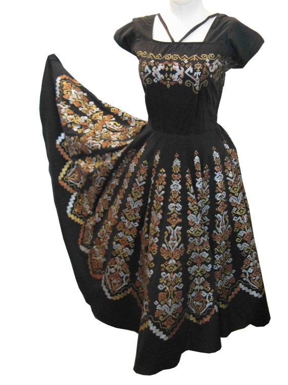 1950's Mexican Novelty Cotton Full Skirt Dress 38 28 by youthstep, $185.00