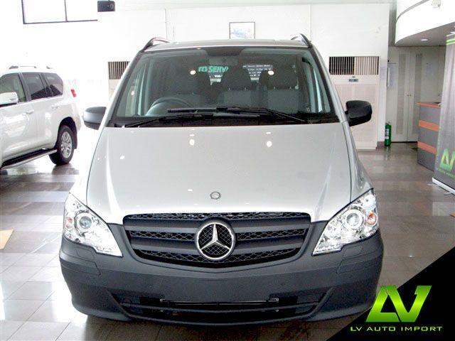 Mercedes Benz Vito 122 CDI 3.0 AT Traveliner Exterior : Brilliant Silver  Interior : Cloth Grey