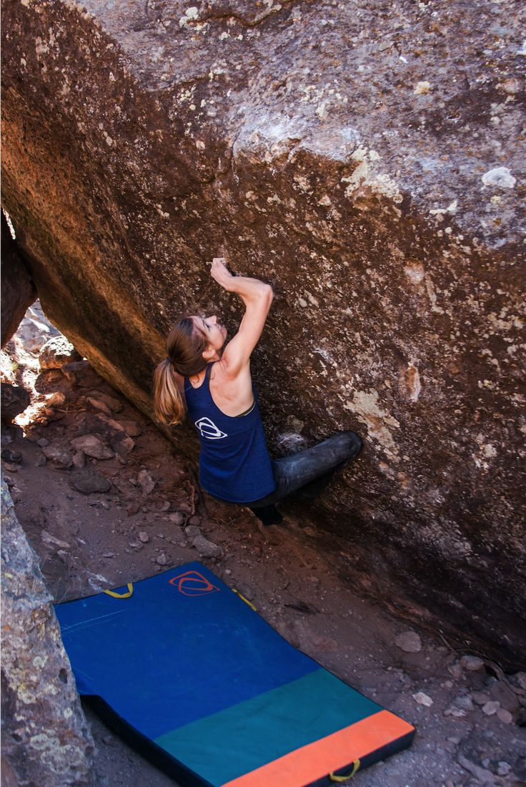 Molly Rennie on her first V11 in Ponderosa, NM