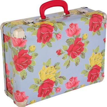 Stand out from the crowd with our classic Royal Rose print suitcase.  Just the right size for summer trips and weekends away, kids will be the setting the trend with this quirky little number!  With easy to carry handle and protective metal edging to protect against knocks. Also available in our quirky Guards print.