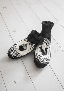 KNITTED CHILD SOCKS