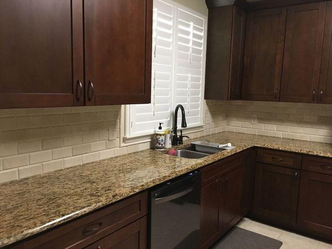 Backsplash And 4 Granite Removal Kitchen Remodel Backsplash Kitchen Countertops