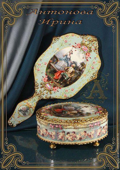 Купить или заказать Набор для туалетного столика-'Императрица' в интернет-магазине на Ярмарке Мастеров. Шкатулка с зеркалом.Выполнены в технике декупаж в борочном стиле.Тяжелое зеркало декорированно с двух сторон.Шкатулка им…