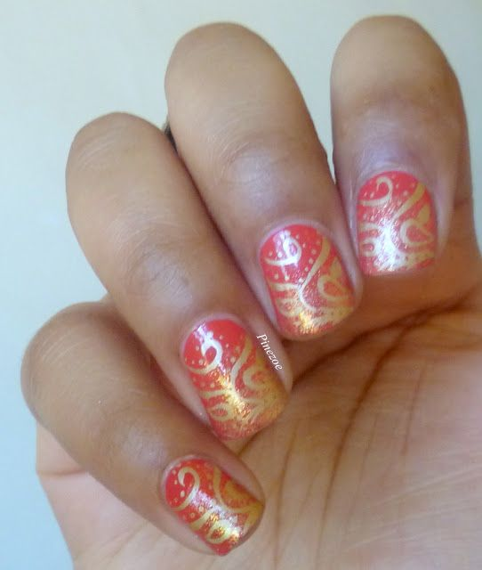 Coral nail, glitter gradient with stamping