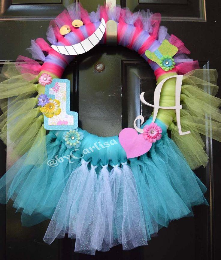 alice in wonderland baby shower | Alice in Wonderland first birthday wreath | wonderland baby shower ...