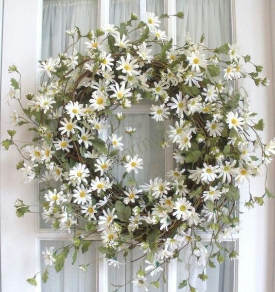 Daisy Wreath for Front Door-adorable.