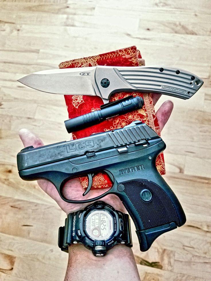 Today's EDC - Zero Tolerance 0801, Streamlight micro, Ruger LC9, G-Shock GW-9200, Skar Hanks...