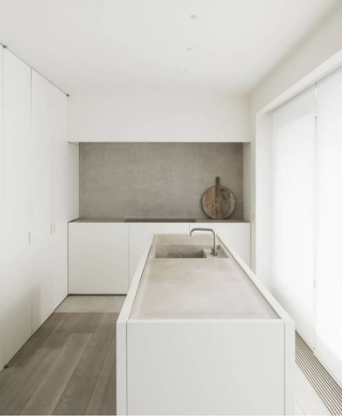 Warm minimalism: Kitchen by architect Vincent van Duysen / by LEUCHTEND GRAU www.leuchtend-grau.de