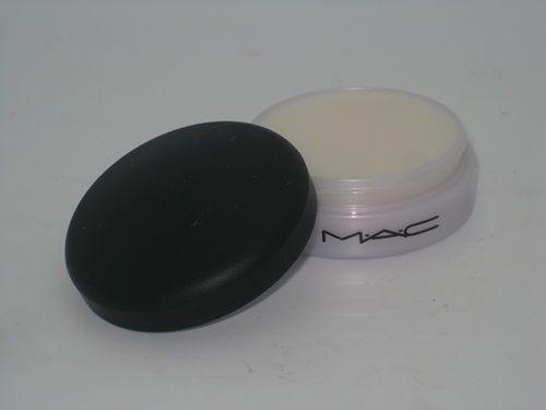 MAC Lip Conditioner + Lavender 5