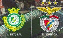 O Benfica ganhou 4-2 ao Vitória de Setúbal na 13ª jornada do campeonato português, jogo que se realizou no dia 12 de Dezembro de 2015, no estádio do Bonfim