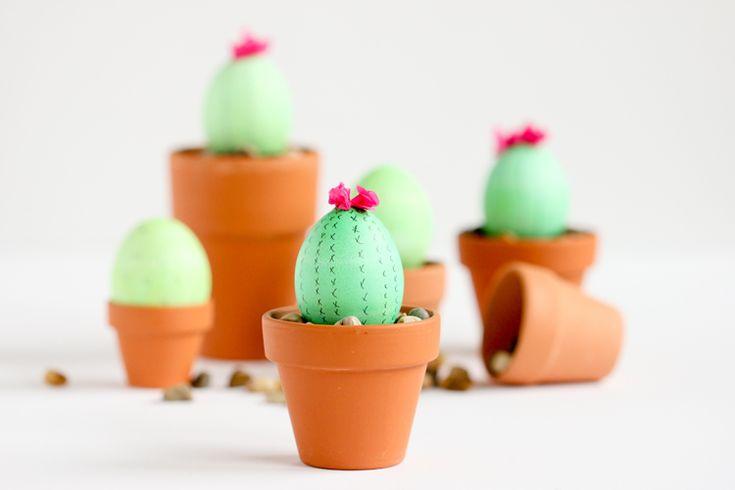 Cactus Easter Eggs // www.deliacreates.com