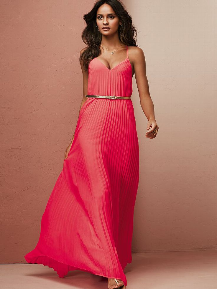15 Beautiful Summer Dresses From Victoria's Secret
