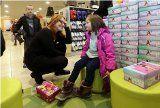 Pre svoje deti chceme vždy to najlepšie. Venujeme ale dostatočnú pozornosť pri výbere kvalitných topánok? Čím sa riadiť keď nakupujeme topánky pre deti?